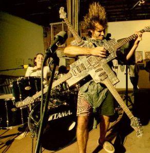 Crazy-Guitar-509